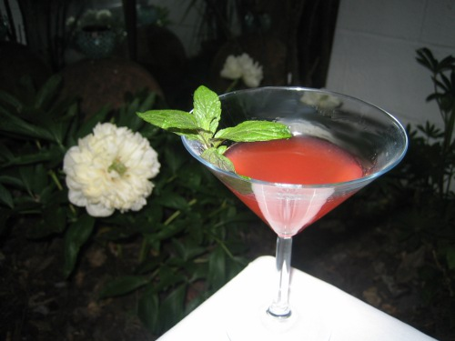 Strawberry Mundae cocktail